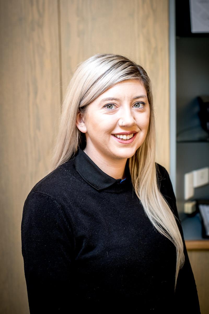 Lauren Dundon